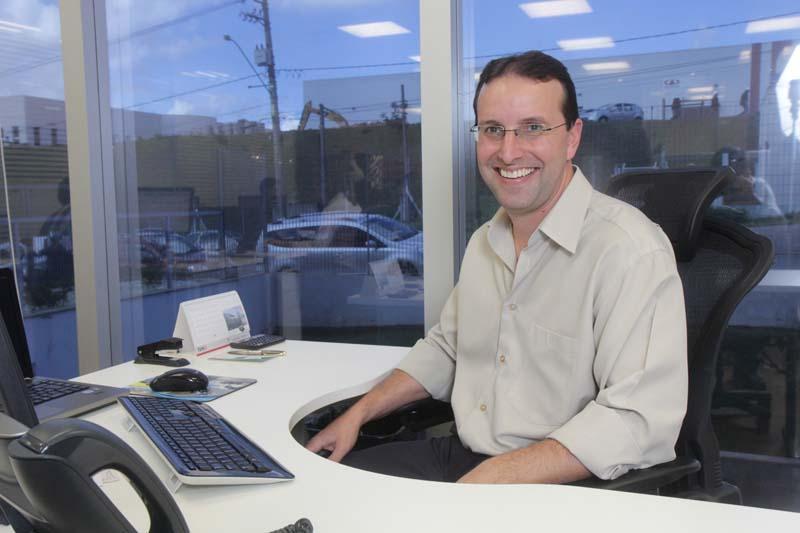 Paulo Acosta é responsável pela área comercial da TVH-Dinamica